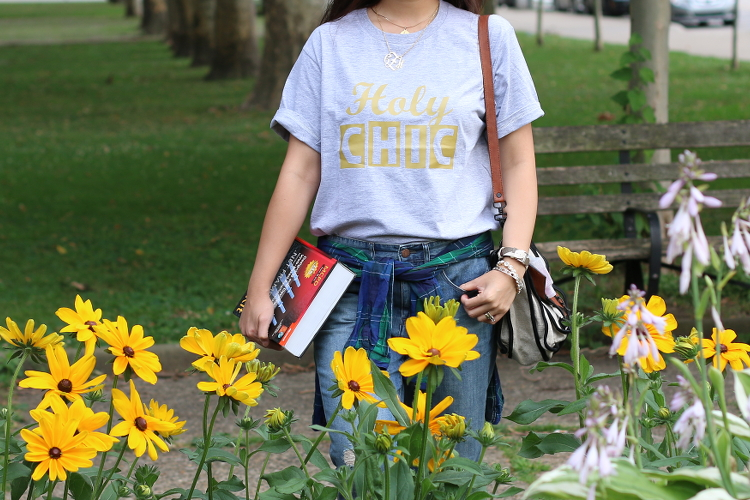 back to class, school, #dswshoehookup, shoes, outfit, ootd, style, fashion, back to school style, dew, sneakers, boyfriend jeans, plaid, statement tee, sperry, leopard