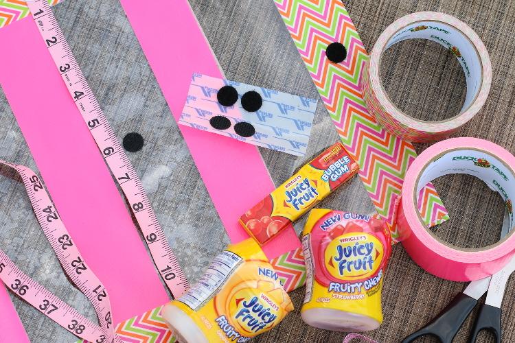 Juicy Fruit, Chewing Gum, #JuicyFruitFunSide, #shop, #collectivebias, #cbias, DIY Clutch, no-sew clutch, summer clutch, pool essentials