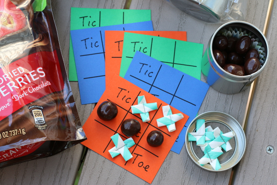 Tic Tac Toe Party Favor, DIY, Craft, Dove Fruit Whole Cranberry, #LoveDoveFruit, #Shop, Sams Club, chocolate, cranberries, dark chocolate